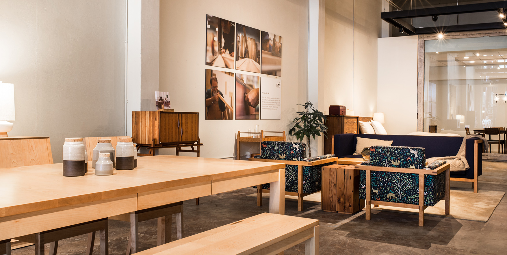 The Joineryu0027s New Portland Showroom Is Highlighted By An Oversized, Live Edge  Wooden Sliding